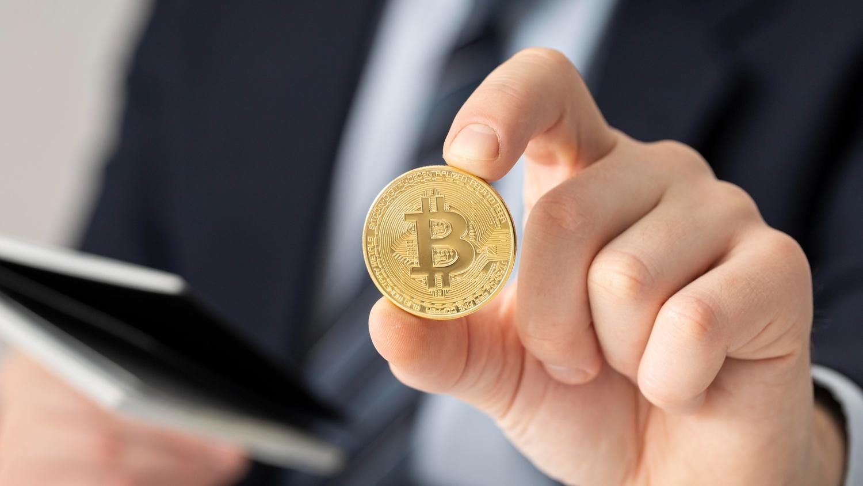 Mike Novogratz: Je nevyhnutelné, aby bitcoiny měly vyšší tržní hodnotu než zlato